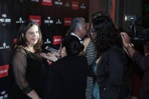 Bárbara Fontes (de costas) entrevistando Mônica Santos, editora da revista VEJA Comer & Beber! Crédito: Pau E Prosa