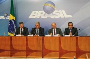 Ministros_ColetivasobreAcordoCaminhoneiros_palaciodoplanalto